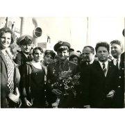 Фотография. Встреча работников морпорта Нагаево с гостями