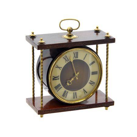 Часы «Весна»