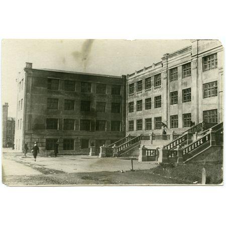 Фотография. Средняя школа № 1